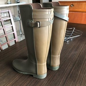 Khaki green hunter boots size 8